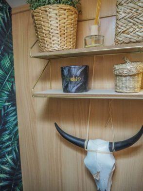 Ethno Style Dekoration im Badezimmer im Wohnwagen