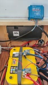 mysmallhouse.de wohnwagen camper umbau diy technik slar solaranlage laderegler victron ernergy mppt