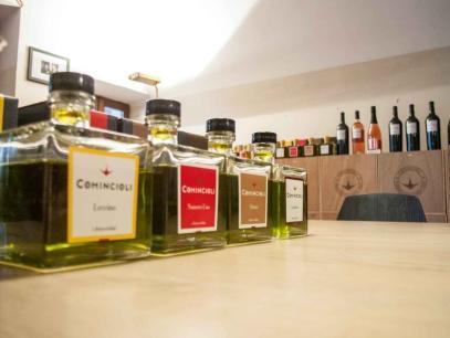 Olivenöl Verköstigung in Comincioli am Gardasee