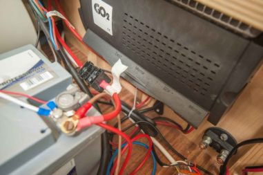 Wohnwagen Truma Mover Steuereinheit mit Batterie Anschluss