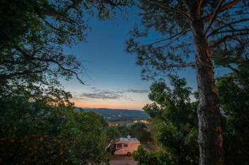 Camping Les Tournels - Blick Richtung Saint Tropez bei Abendstimmung