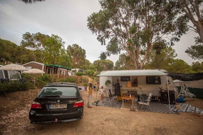 Südfrankreich mit dem Wohnwagen - Stellplatz am Campingplatz Les Tournels
