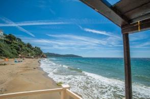 Nähe Saint Tropez - Felsenküste, türkises Wasser