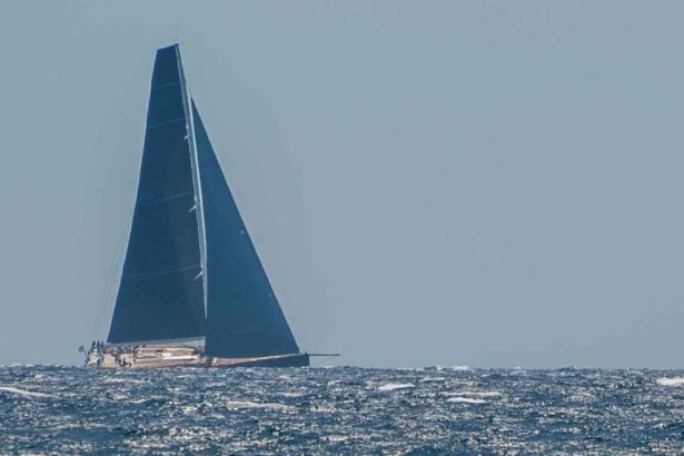 Segelboot der Rolex Regatta Giraglia vor Saint Tropez