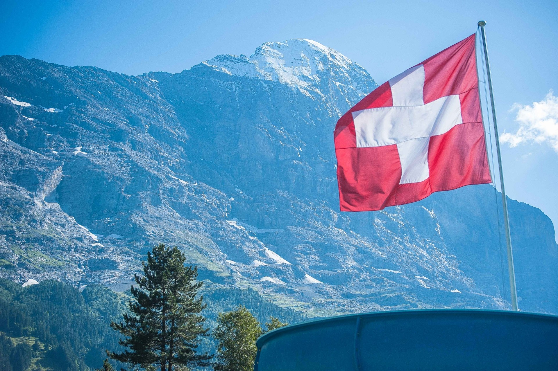 mysmallhouse de wohnwagen camper reisen camping schweiz freizeit aktivitäten schwimmen freibad lauterbrunnen schwimmen baden eiger