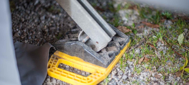 Wohnwagen Quick-Tipps Kurbelstütze Bodenplatte Stützplatte