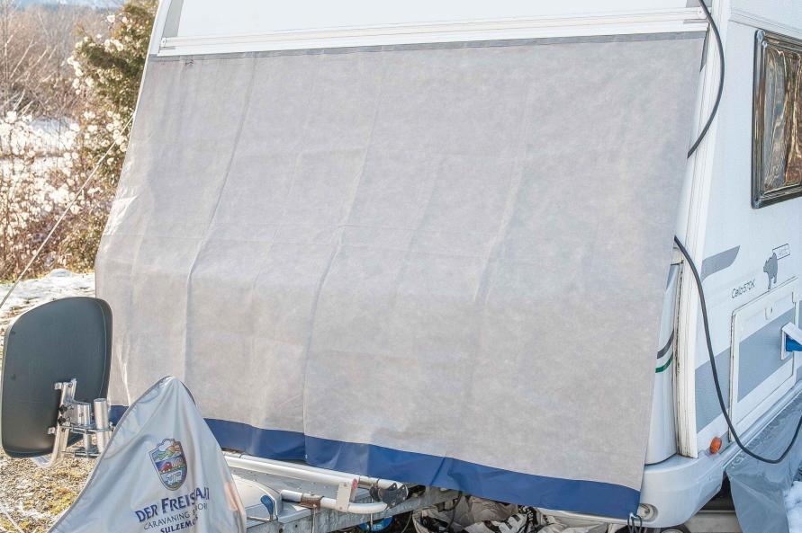 Bugschutzplane Hindermann Wohnwagen nachrüsten Isolierung Einfrieren Gaskasten Abdeckung