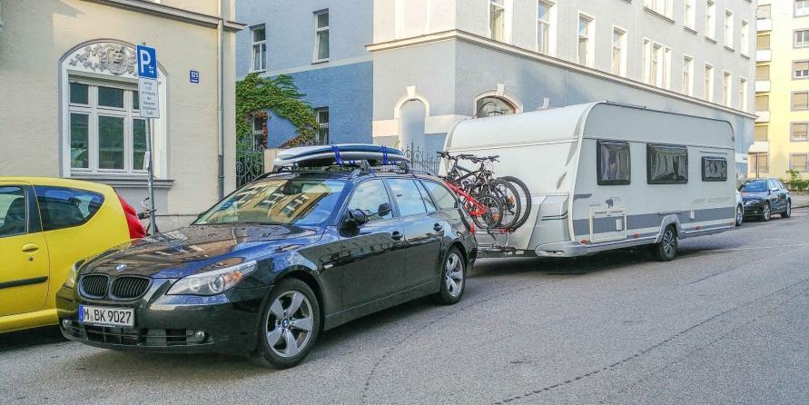 Abfahrt München Schwabing mit dem Wohnwagen an den Atlantik nach Frankreich