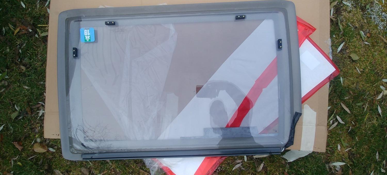 Acryl Wohnwagen Fenster Acrylglas kaputt und ausgetauscht MYSMALLHOUSE.de