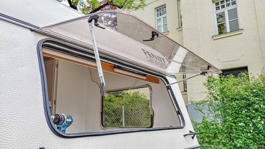 Wohnwagen Panorama Front Fentser offen zum austauschen