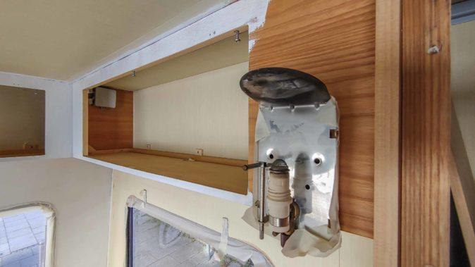 fest eingebaute Truma Gaslampe im Wohnwagen ohne Glühstrumpf