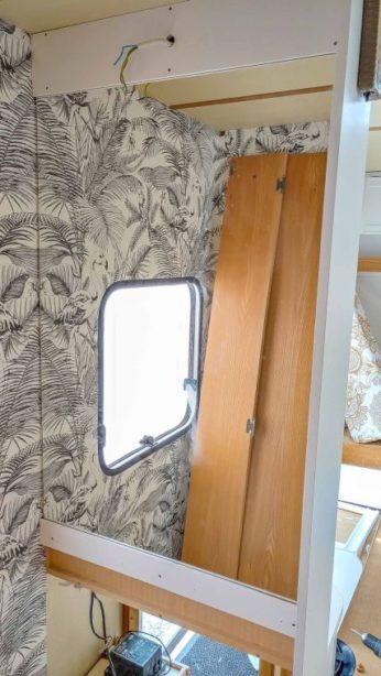 Caravan Makeover - Umbau des Bads mit neuer Deko Tapete