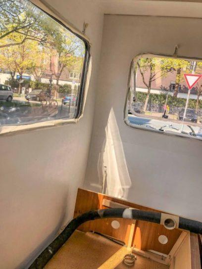 Caravan Makeover - Lackieren und Streichen sowie Abkleben der Fenster Gummidichtungen der Wohnwagen Fenster