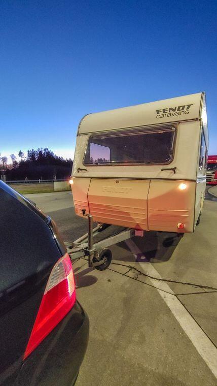 Caravan Makeover - wir überführen unseren neuen alten Fendt Wohnwagen nach München